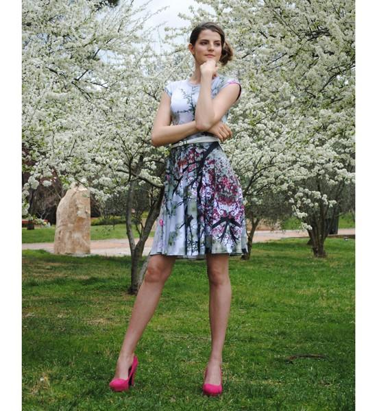 Zilpah tart T-shirt Dress in Grey Blossom Print